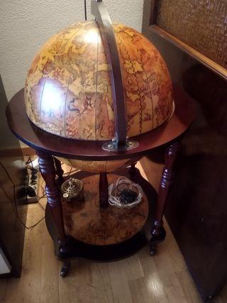 Bola del mundo mueble bar
