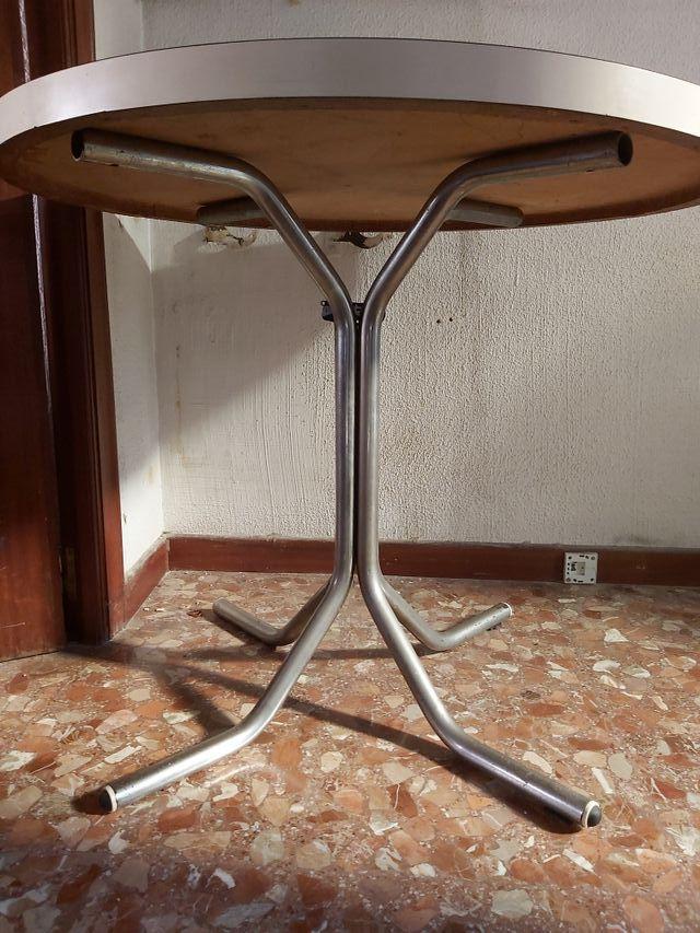 mesa redonda de cocina