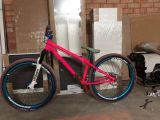Bicicleta de dirt kona