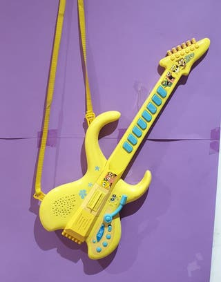 Usada Guitarra con sonidos infantil Bob esponja