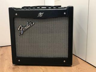 Amplificador guitarra FENDER MUSTANG I V2