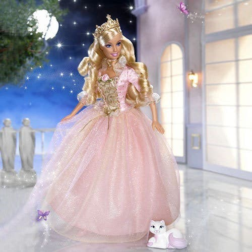 Barbie princesa costurera