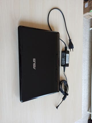 Notebook Asus Eee PC 1.33GHz W7 100GB 2GB RAM