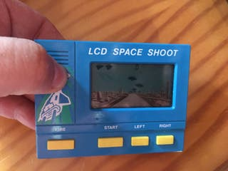 Lcd space shoot