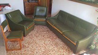 Conjunto de sofá, 2 sillones, y 6 sillas de piel