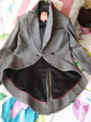 chaqueta tipo frac mujer