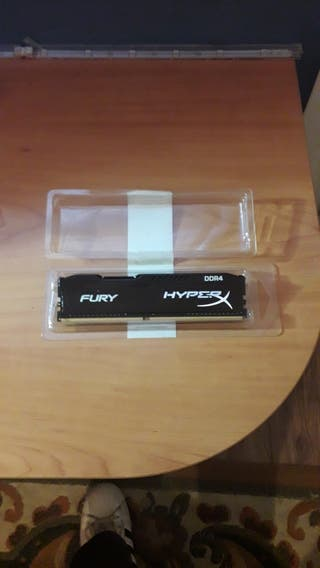 Memoria RAM NUEVA 8GB 2400HZ
