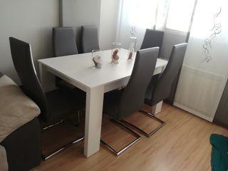 Mesa blanca y seis sillas antracita salon grande