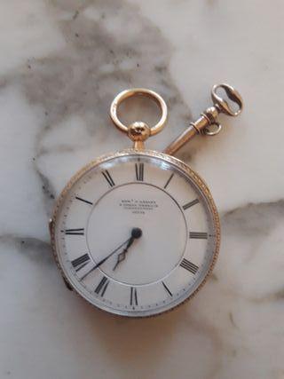 Reloj de bolsillo de época en ORO.