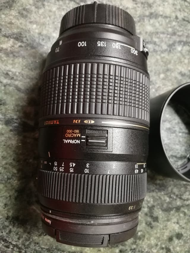 cámara nikon D90 con 2 objetivos nikon+tamron