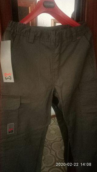 Pantalon de trabajo nuevo