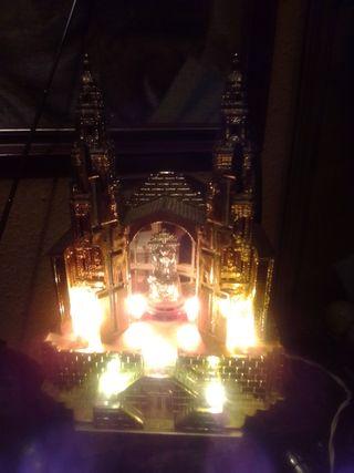iglesia con luces
