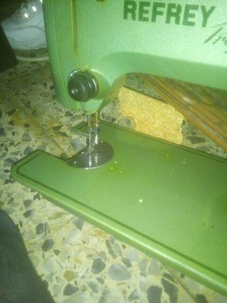 máquina de coser refrey preferida