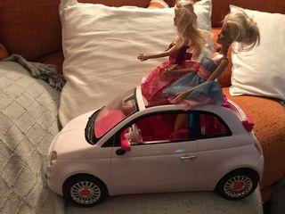 Coche Barbie y 2 muñecas Barbies