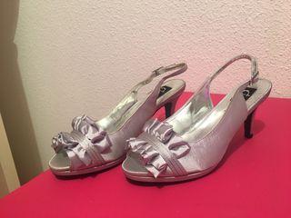 Zapatos de tacón bajo de boda/bautizo...