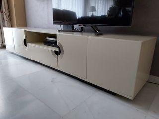 Conjunto de muebles salón moderno