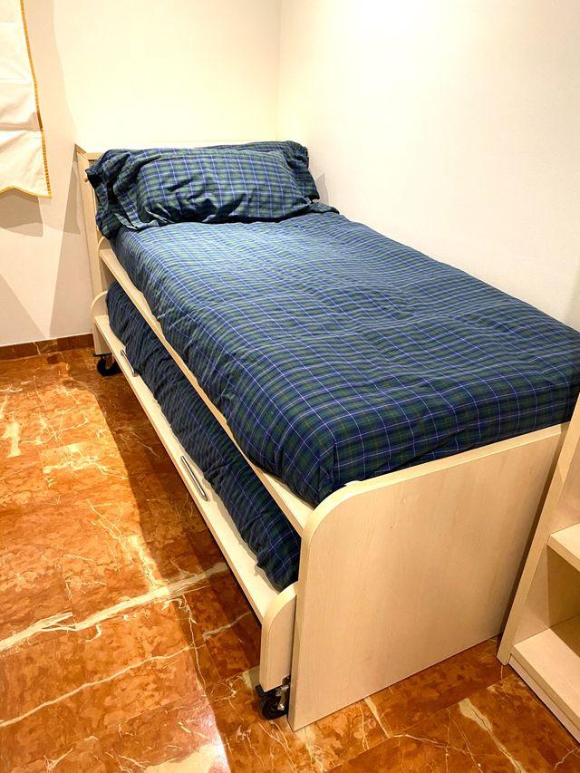 Litera con dos camas y cajones