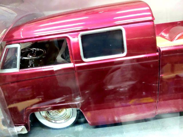 Jada BigTime Kustoms VW 1963 Bus Pick Up nueva