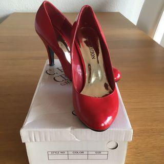 Zapatos charol rojo 37