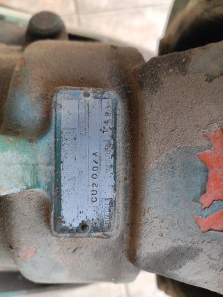 Bomba riego tractor Landini