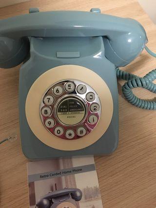 Teléfono retro analógico