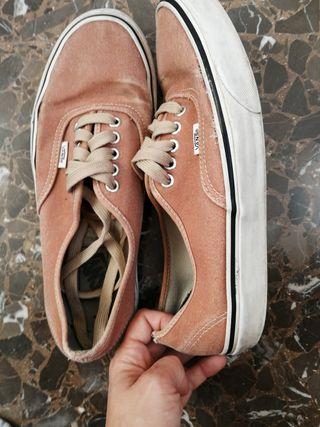 Zapatillas Vans. 8.5 Hombre