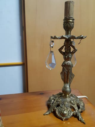 Candelabro / lámpara de bronce.
