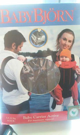 Mochila portabebé BABYBJORN CARRIER ACTIVE