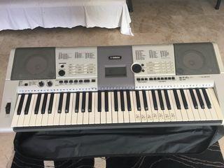 Yamaha sintetizador PSR E 403