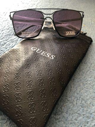 Gagas de sol Guess