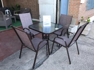Mesa con 4 sillas CDT-008 (CDC-0016)