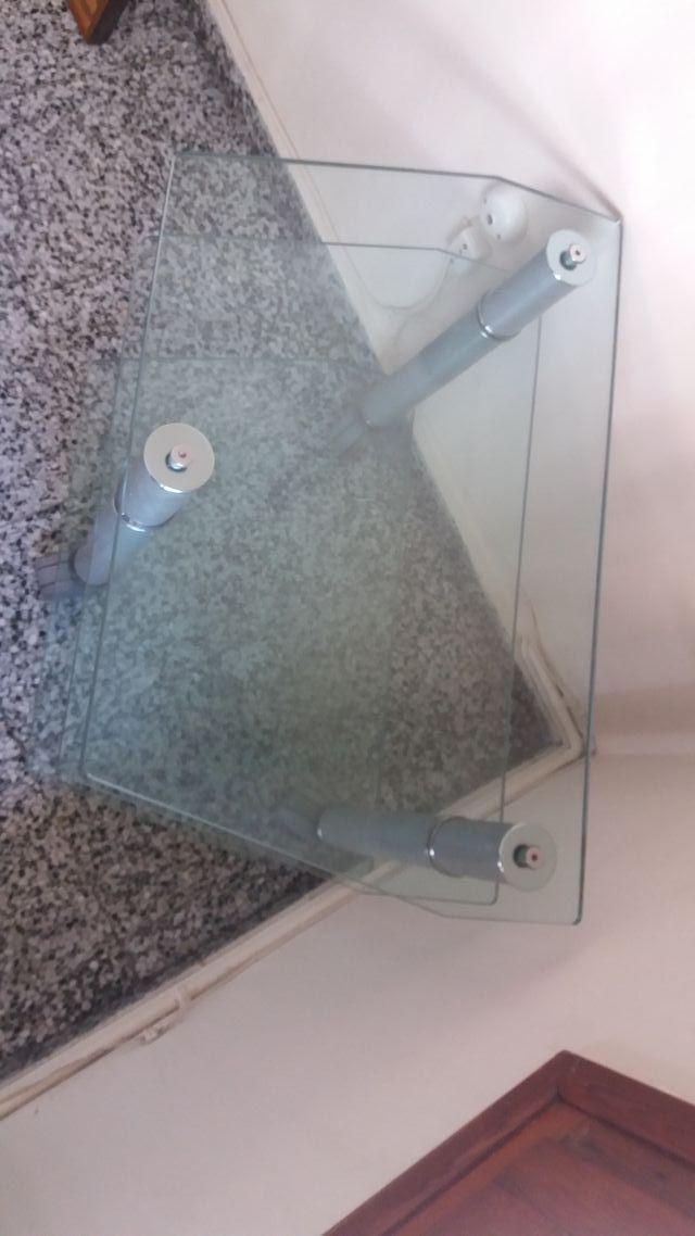 Mesa soporte cristal para televisión y DVD