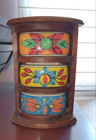Mini mueble o cómoda colonial cajones, joyero
