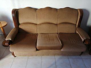 Sofá de 3 plazas cásico y dos sillones de regalo