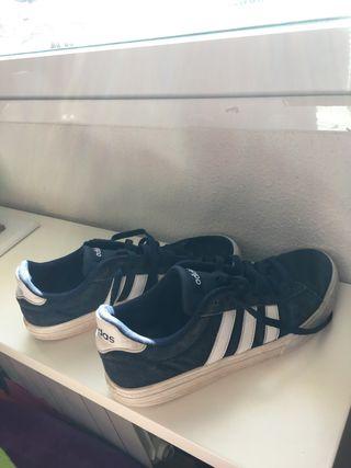 Zapatillas adidas daisy azules