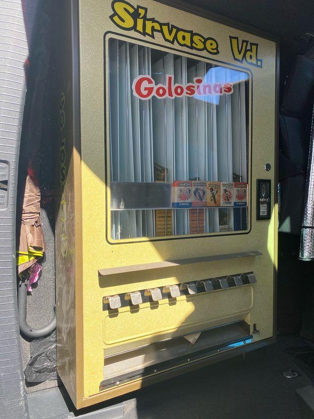 Vendo máquina de golosinas Azcoyen sin usar