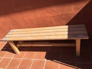 Mesa madera extensible y dos bancos