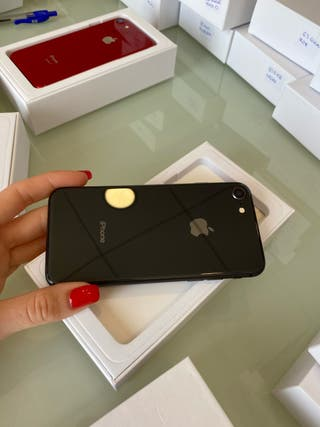 iPhone 8 64gb negro