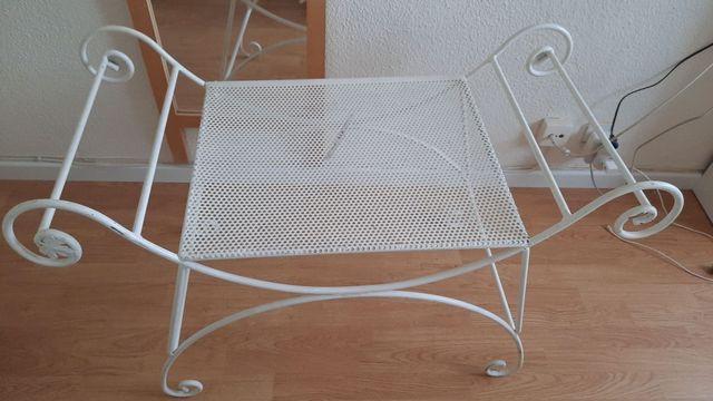Descalzadora / mueble jardín / dormitorio URGE