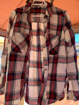 Camisa cuadros rojos y azules talla L