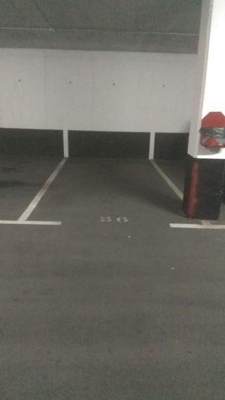 plaza de garaje en Lugones