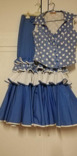 falda y blusa flamenca