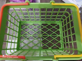 Canasta de la compra de juguete