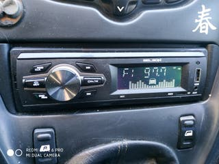 radio, USB,bluetooth,manos libres