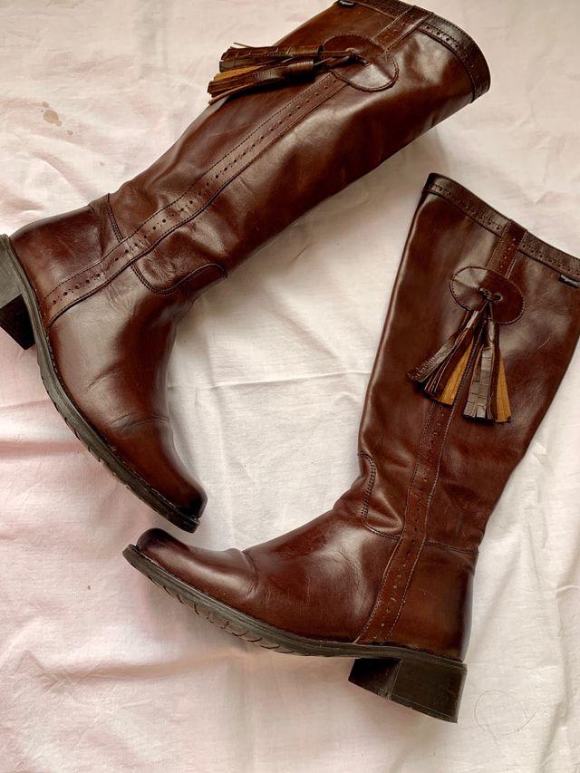Botas piel planas marrón chocolate estilo montar