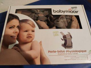 portabebe fisiológico manduca Babymoov como nuevo