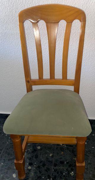 Conjunto de 5 sillas de pino