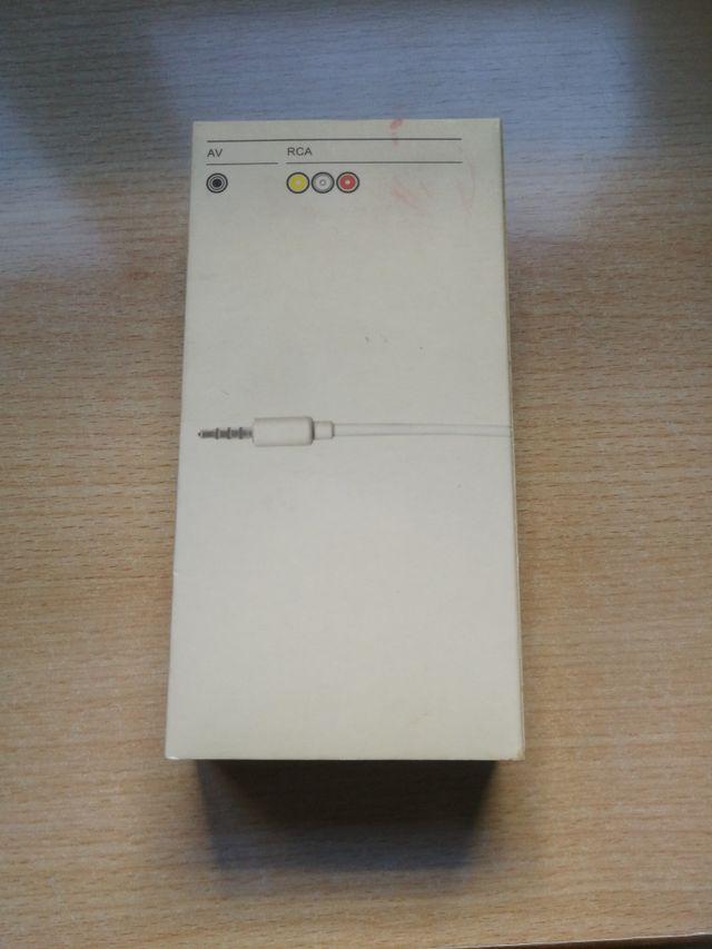 AV cable. iPod. Apple