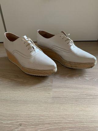 Zapatos Uterqüe talla 41 color nude