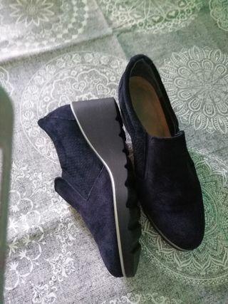zapatos de piel,super cómodos sin uso.